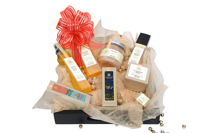 Forest Essentials Presents Christmas Hampers!