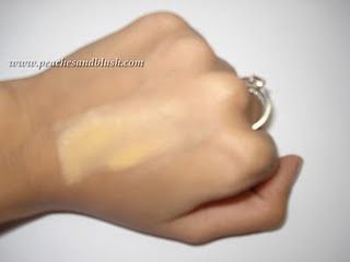 Two Lakme Foundations- Invisible Finish and Face Magic Souffle
