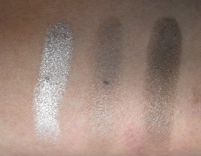 Bourjois Smokey Eyes Trio Lady Vert De Gris: Swatches, Review