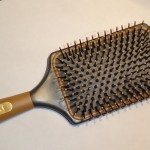 Divo Makeup & Paddle Brush Review