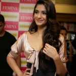Sonam Kapoor's Makeup: Pretty in Pink at the Femina Launch