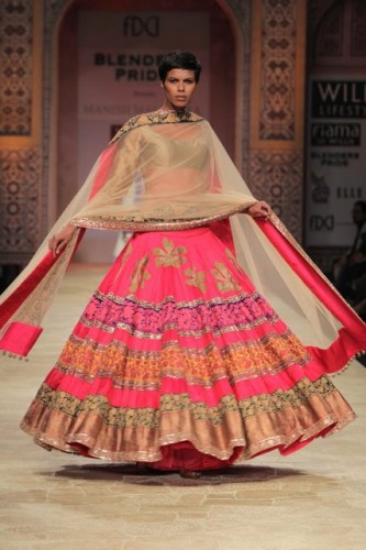 Wills Lifestyle India Fashion Week 2012 (3)