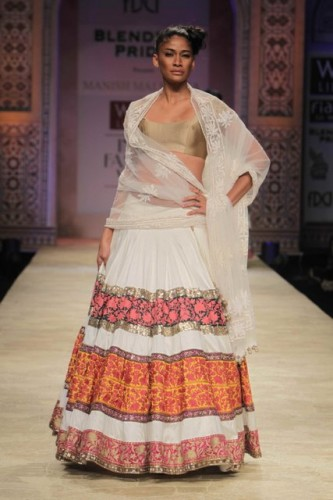 Wills Lifestyle India Fashion Week 2012 (4)