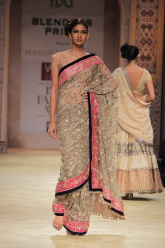 Wills Lifestyle India Fashion Week 2012 (6)