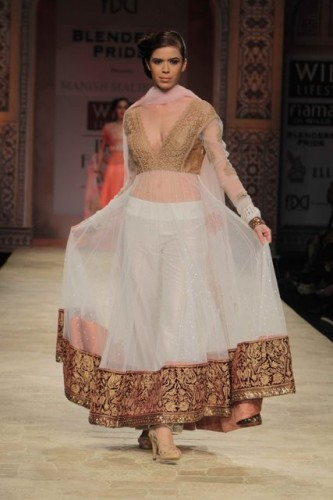 Wills Lifestyle India Fashion Week 2012 Manish Malhotra (5)