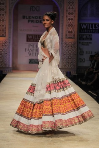 Wills Lifestyle India Fashion Week 2012 Manish Malhotra (6)