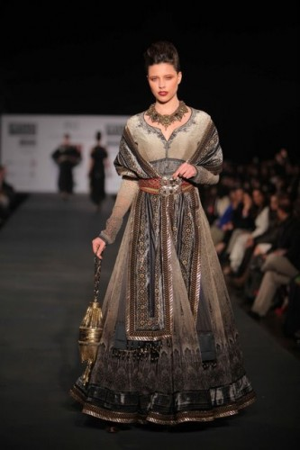 wills-lifestyle-india-fashion-week-2012 (6)