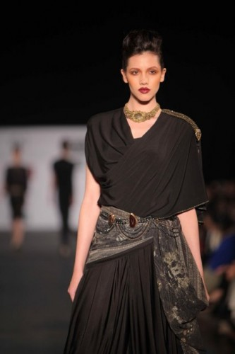 wills-lifestyle-india-fashion-week-2012 (8)
