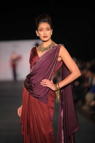 wills-lifestyle-india-fashion-week-2012 (9)