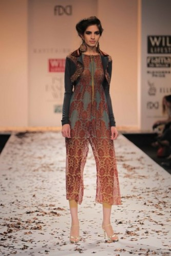 wills-lifestyle-india-fashion-week-2012-kavita-bhartia (6)