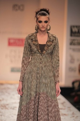 wills-lifestyle-india-fashion-week-2012-kavita-bhartia (7)