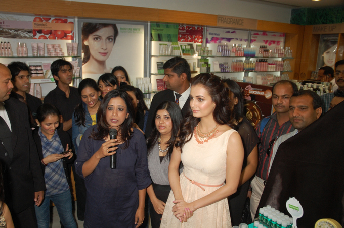 Shriti Malhotra COO The Body Shop India with Dia Mirza Brand Ambassador The Body Shop India