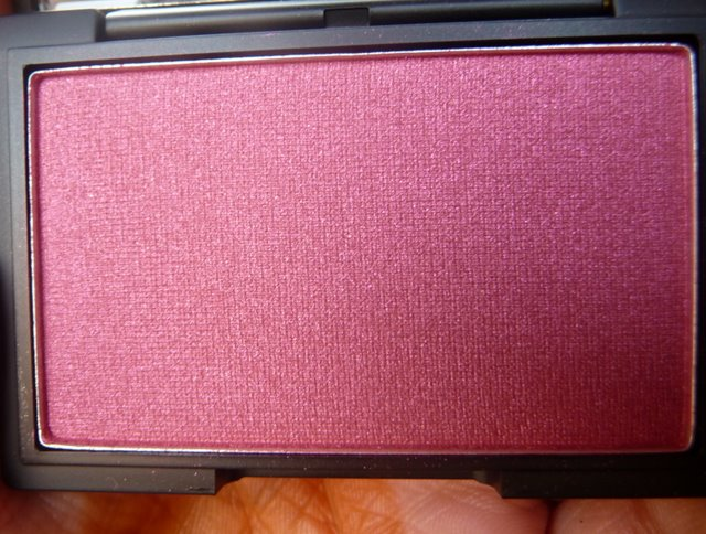 Sleek Pomegranate Blush Swatch, Review