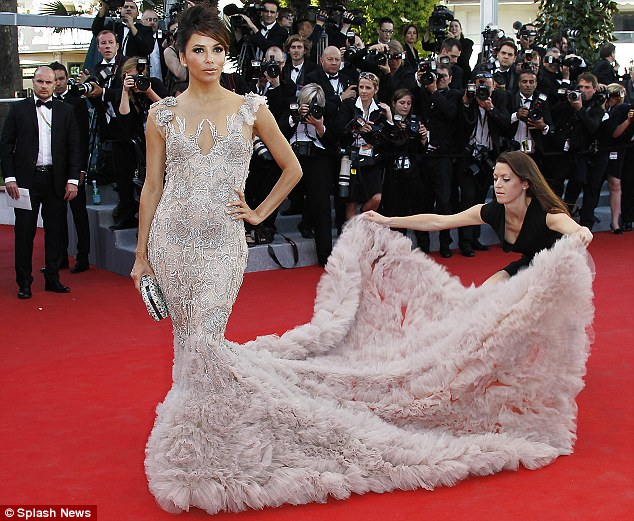 eva-longoria-cannes-2012-red-carpet-marchesa