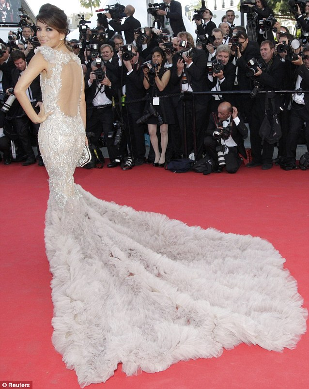 eva-longoria-cannes-2012-red-carpet-marchesa1
