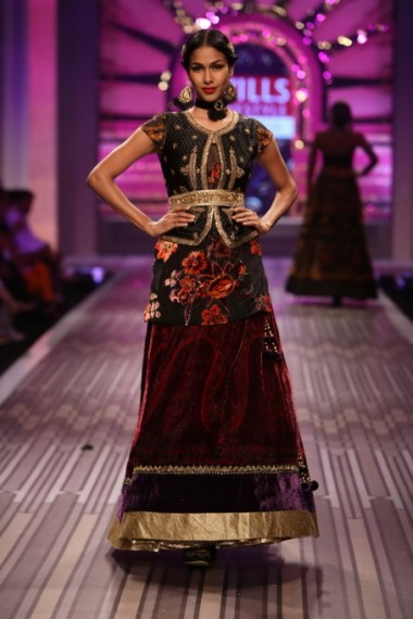 Wills Lifestyle India Fashion Week 2013 Spring Summer Finale : Ritu Kumar