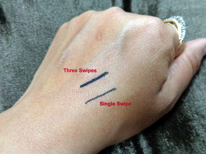 3_Bourjois Khol_Swatches