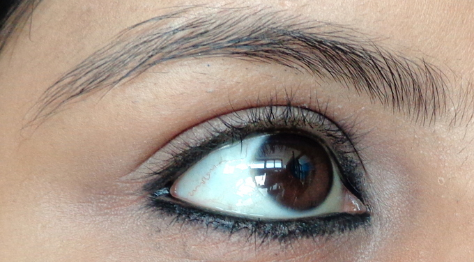 4_Bourjois Khol on eyes-001