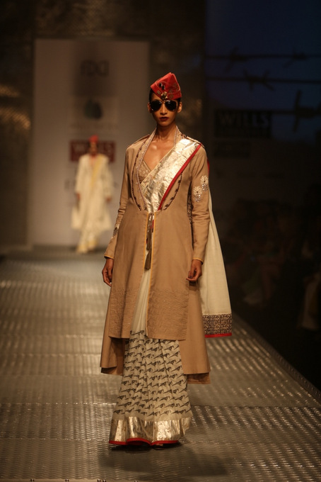 Anju-modi-wifw-2013-autumn-winter (4)