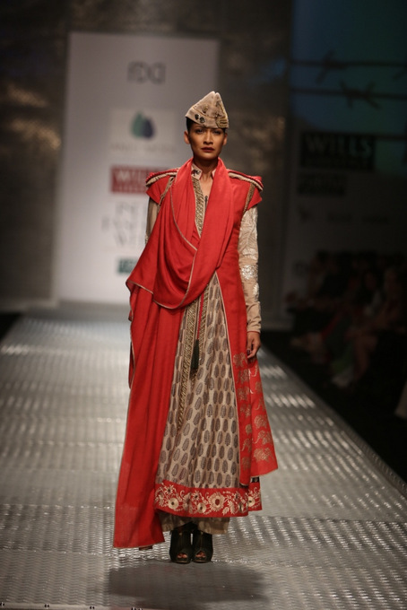 Anju-modi-wifw-2013-autumn-winter (7)