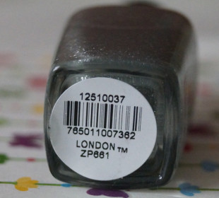 Zoya Pixiedust Polish in London: Swatches & Review
