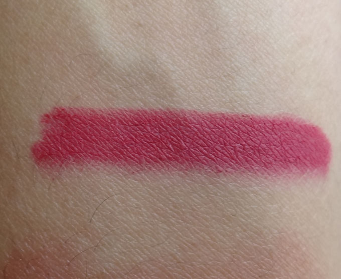 colorbar-lip-liner-berry-rose