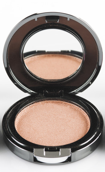 FACES Glam on Blush sandalwood. Rs 399