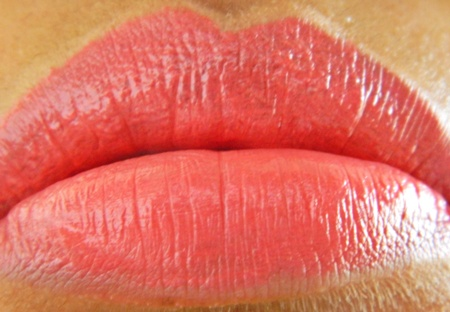 Mac Mineralize Rich in Lady lip swatch1