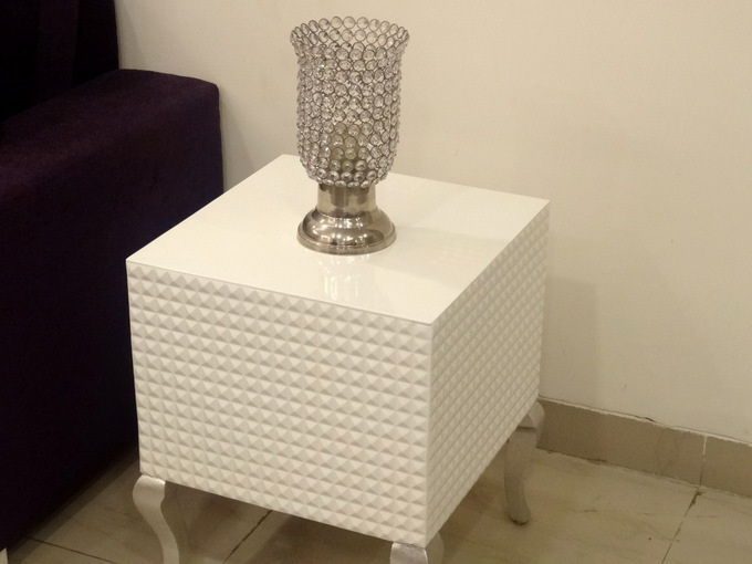 decor-diary-india-corner-tables