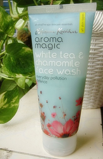 Aroma Magic Face Wash (2)