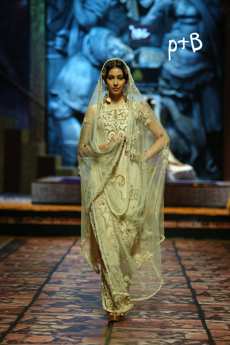 India Bridal Fashion Week Delhi 2013 - Model seen in  Suneet Varma's Collection_6
