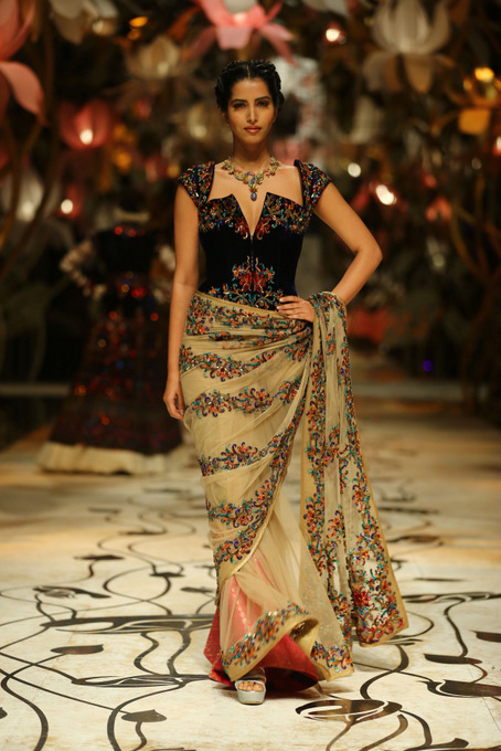 India Bridal Fashion Week Delhi 2013 - Model seen in bridal collection of  Rohit Bal_5