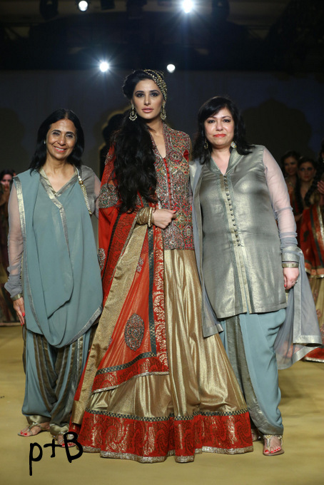 India Bridal Fashion Week Delhi 2013 - Nargis Fakhri as the showstopper of Ashima Leena's Collection