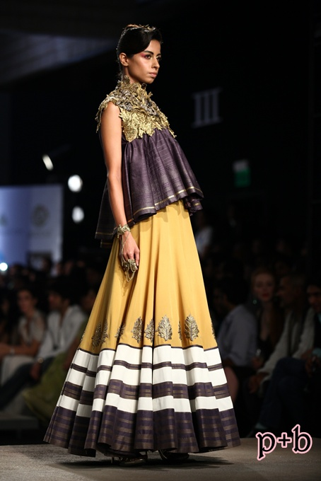 India Bridal Fashion Week Delhi 2013 - Shantanu & Nikhil (11)