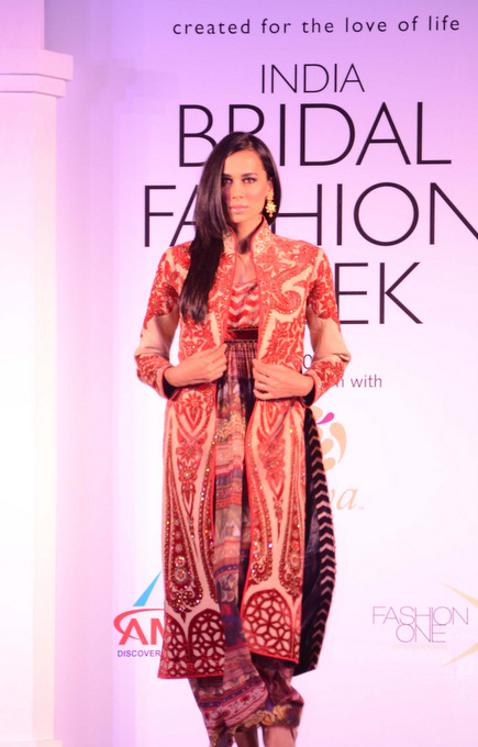 India Bridal Fashion Week JJ Valaya's collection