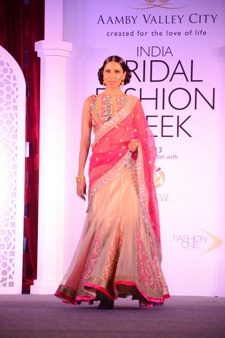 India Bridal Fashion Week Jyotsna Tiwari's collection