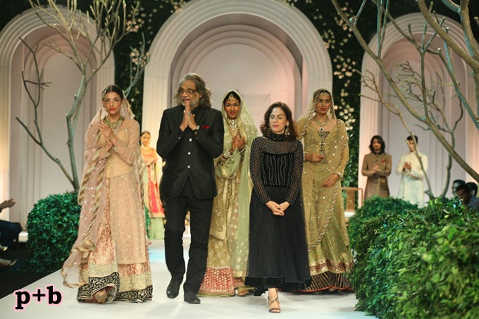 India Bridal Fashion Week -Meera Muzaffar Ali (3)