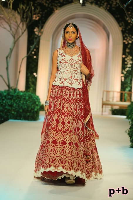 India Bridal Fashion Week -Meera Muzaffar Ali (6)