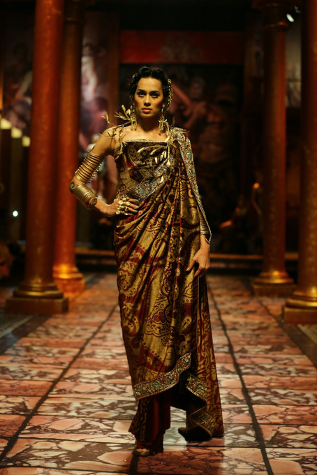 India Bridal Fashion Week- Suneet Verma Bridal Collection (2)