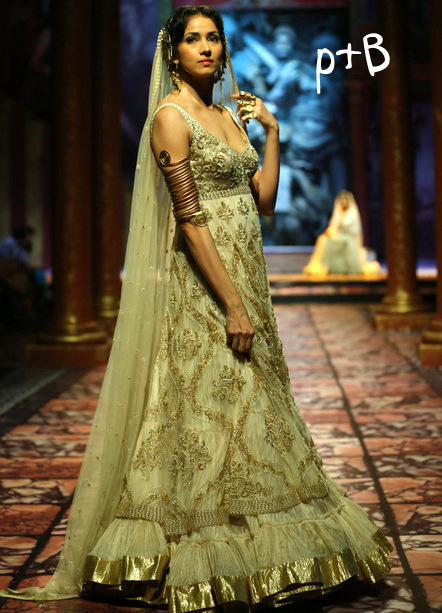 India Bridal Fashion Week- Suneet Verma Bridal Collection (3)