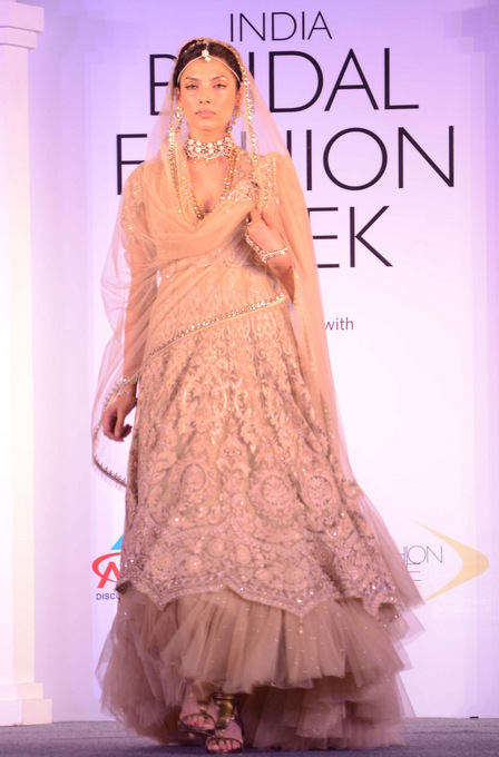 India Bridal Fashion Week Tarun Tahiliani's collection