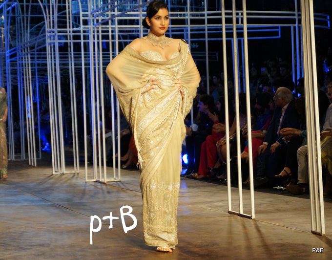 India-Bridal-Fashion_Week-Tarun Tahiliani-2013 (14)