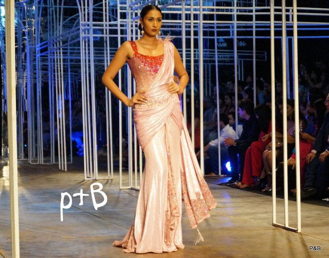 India-Bridal-Fashion_Week-Tarun Tahiliani-2013 (16)