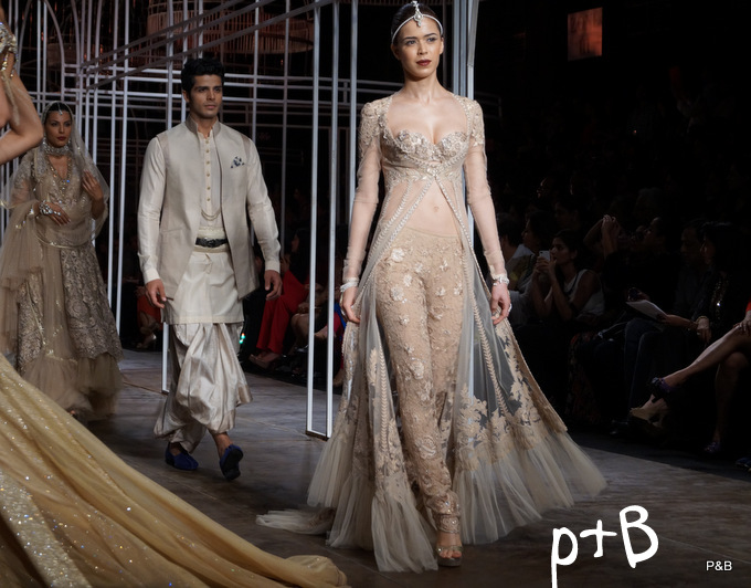 India-Bridal-Fashion_Week-Tarun Tahiliani-2013 (43)