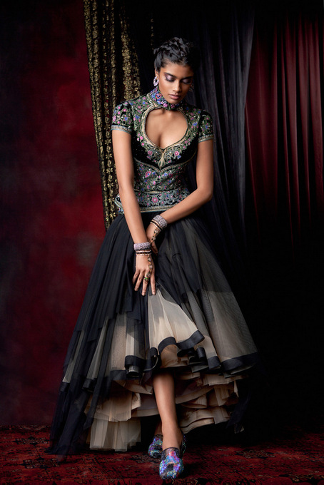 Tarun-Tahiliani-Bridal-Collection-2013 (12)