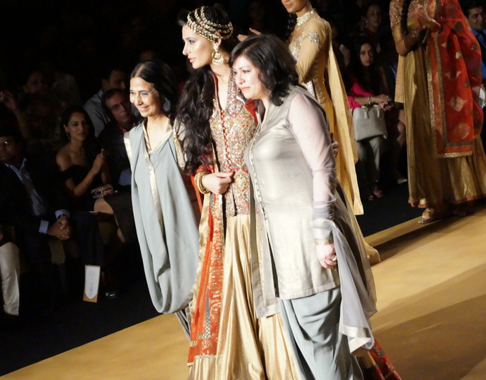 india-bridal-fashion-week-2013-aashima-leena (1)