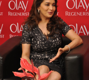 Exclusive: Madhuri Dixit Talks Anti -Ageing With Peaches & Blush !