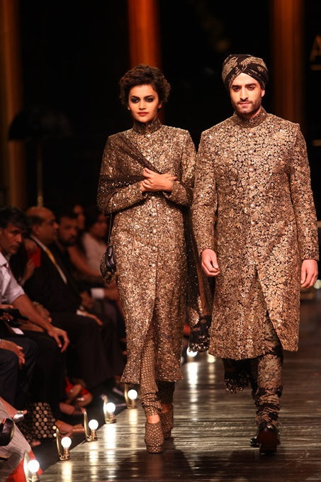 Lakme Fashion Week 2013-Sabyasachi Collection (2)
