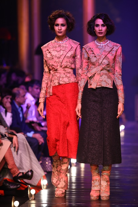 Lakme Fashion Week 2013-Sabyasachi Collection (5)
