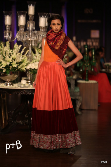 Manish-Malhotra-delhi-couture-week-2013-collection (3)